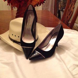 Women shoes Annie Klein size 9 New